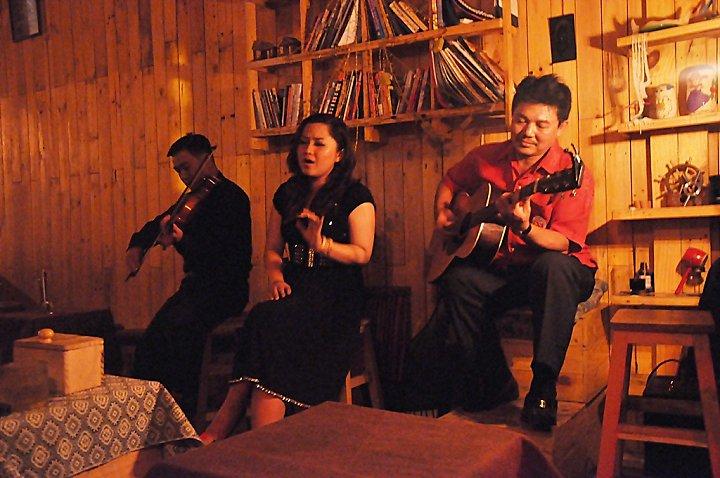 Một vòng phòng trà, quán cà phê ca nhạc Sài Gòn-Phần I