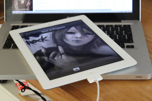 iPad 2 tiếp tục giảm giá