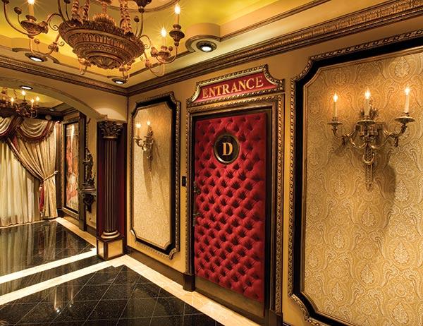 hoty13_first_impressions_hallway_entrance