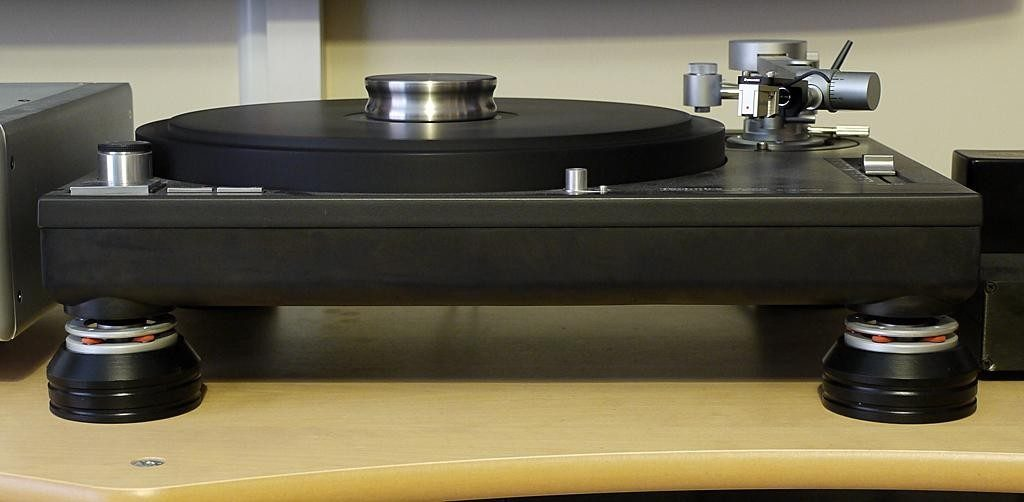 techniboots-support-feet-for-technics-sl-turntables