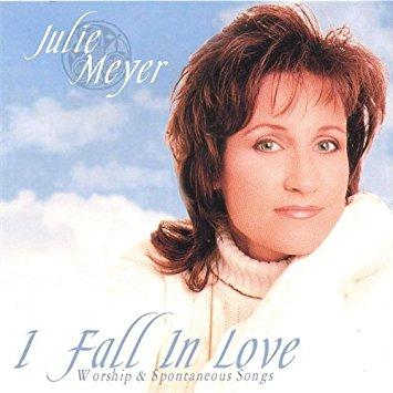 CD I Fall In Love – Julie Meyer